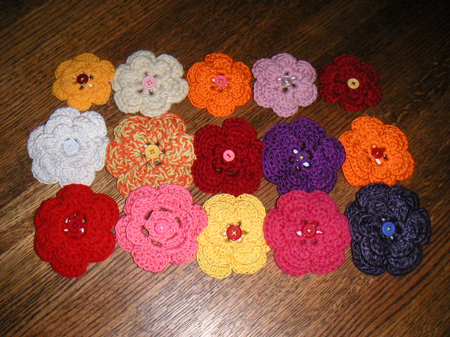 Easy Crochet Flower Patterns For Hats : Tampa Bay Crochet: Ten Free Crochet Flower Patterns