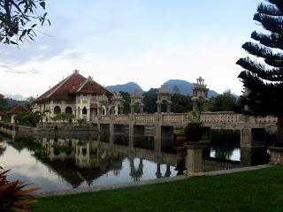 Taman Ujung di Amplapura, Bali