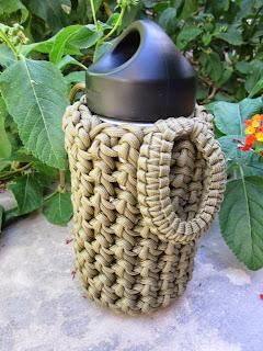 Wearartbyjulie 12 oz klean kanteen bottle holder in 550 for Paracord koozie how to make