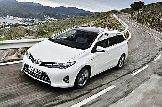 2016 toyota auris hybrid auto toyota review. Black Bedroom Furniture Sets. Home Design Ideas