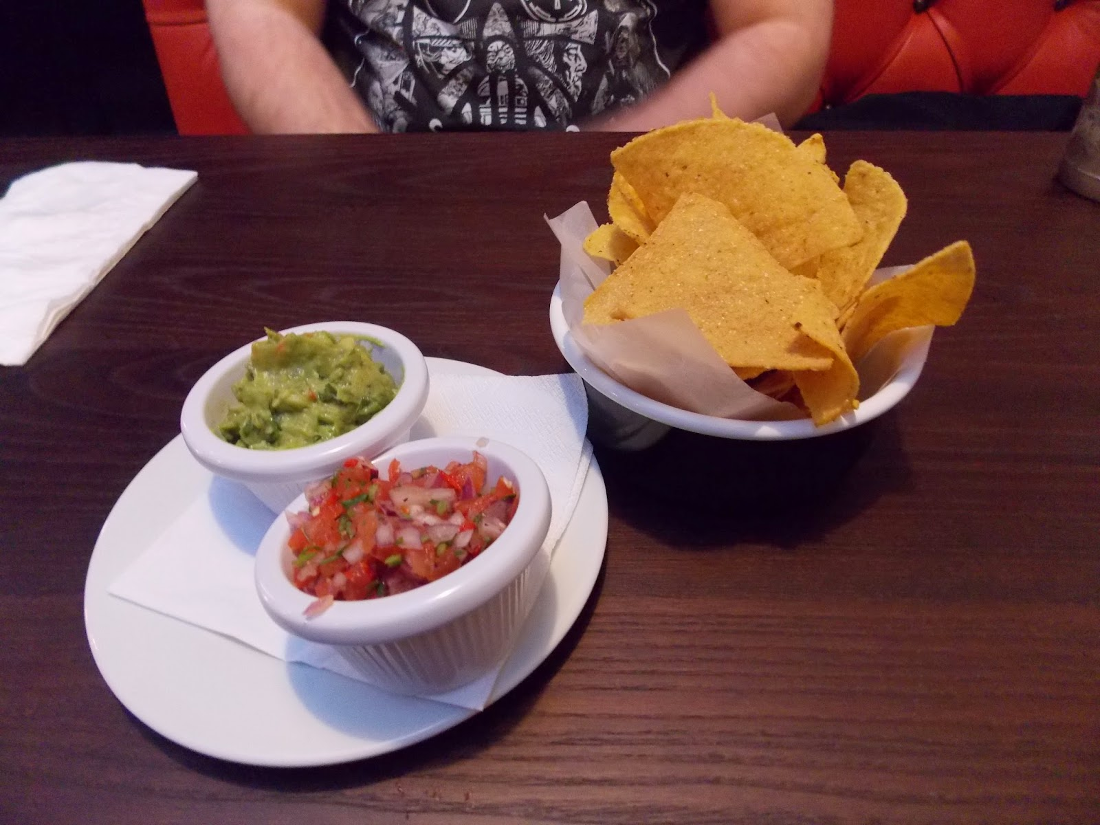 Tortilla chips, guacamole and salsa at Byron High Ousegate York