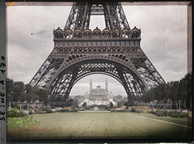 Autochrome_Paris_early_days_warchildPost