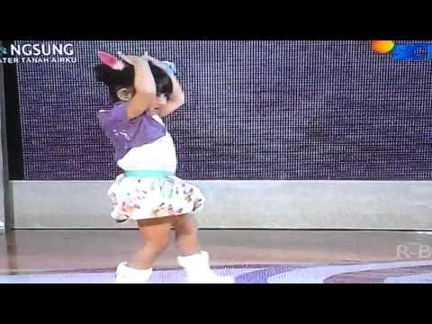 Foto lucu Kinara Aqieska Little Miss Indonesia SCTV: