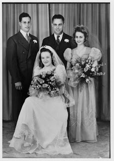 Vintage Wedding Photograph Bride Groom Bridesmaid Best Man Flower Bouquet