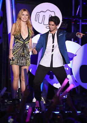 Bella Thorne in a plunging beaded dress at the 2015 MTV Fandom Awards