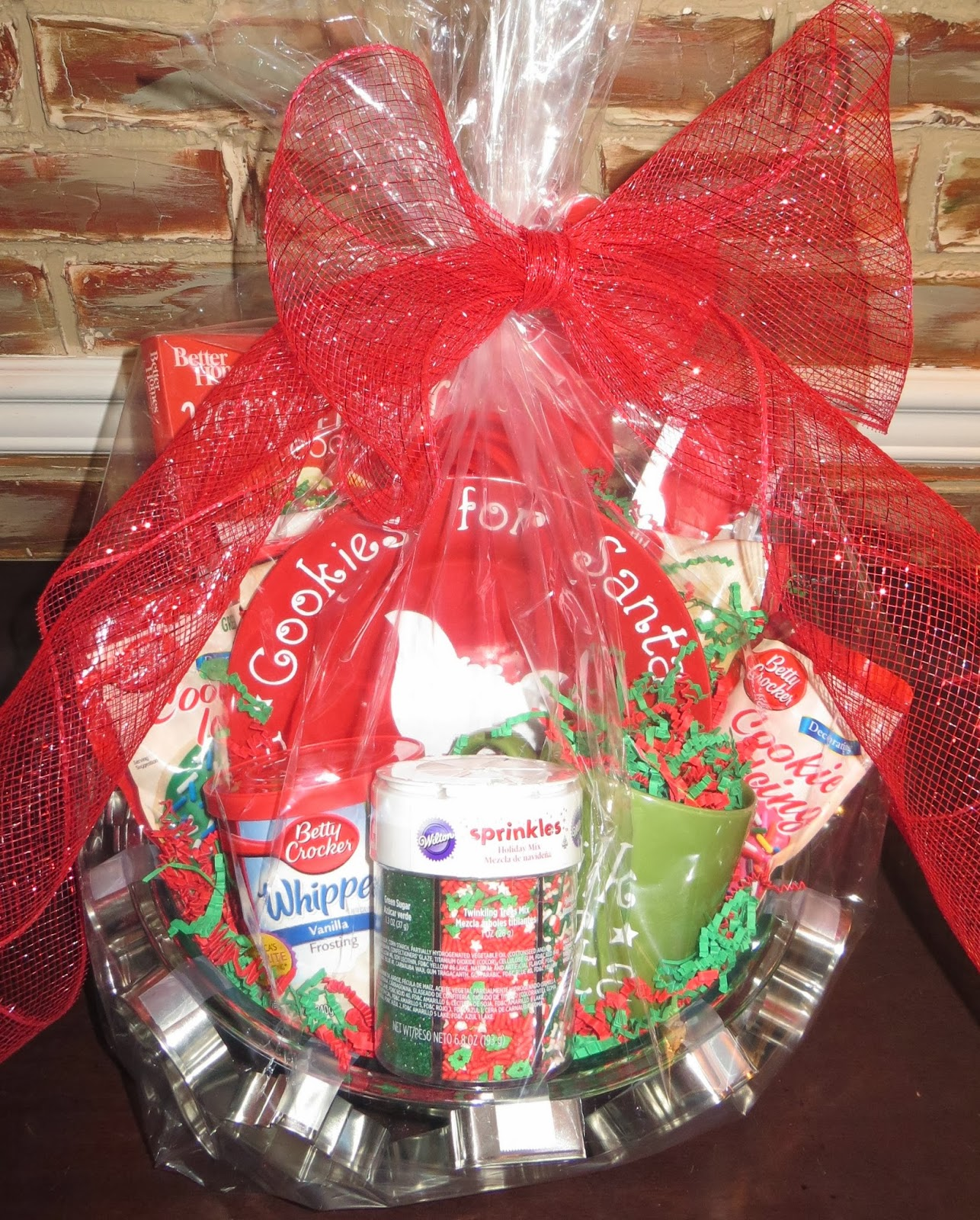 christmas cookie decorating basket - Christmas Cookie Baskets