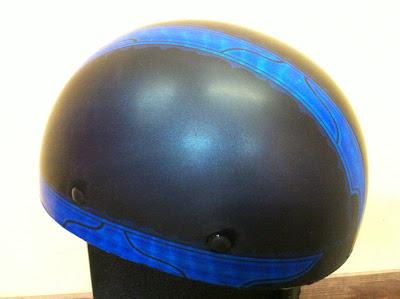 1040050624 - カスタムペイント工程  バッドボーンヘルメット シルバーリーフ スピニング
