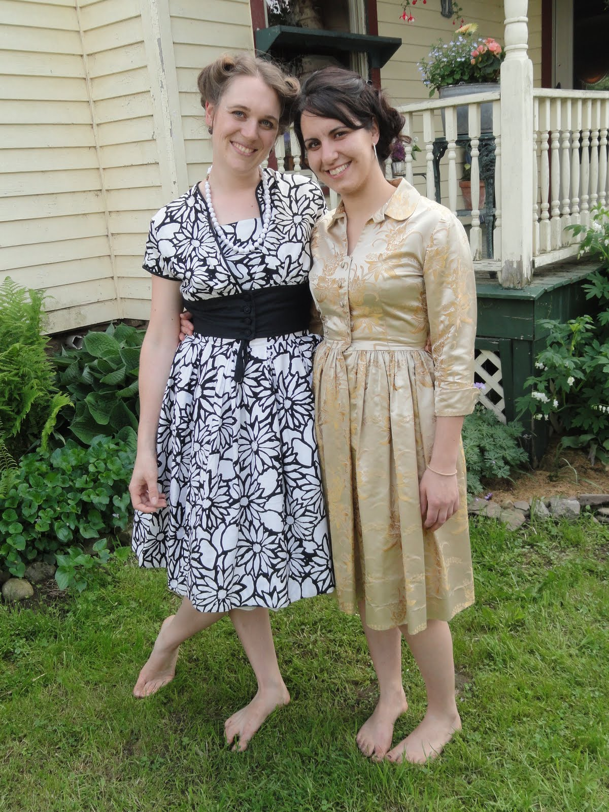 a good friend of mine loaned me several dresses from her vast covetable collection heres me and my wedding coordinater in training katie