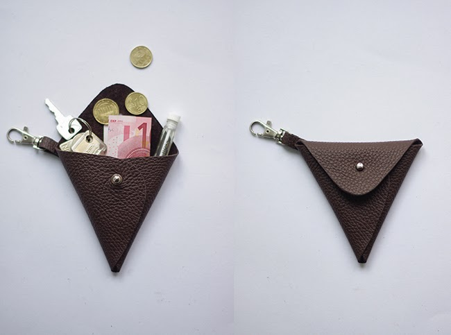 How to make triangle leather pouch. Step by step tutorial with free pattern at www.fashionrolla.com