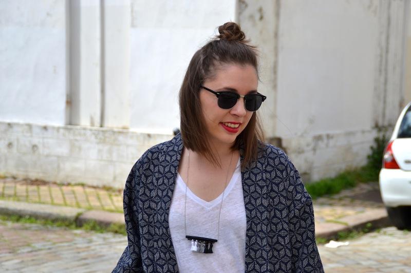 kimono origami pimkie, jean boyfriend, city balenciaga, top blanc et balleriens plumy Isabel Marant