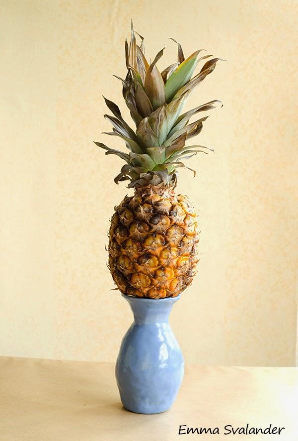 färsk ananas i en vas