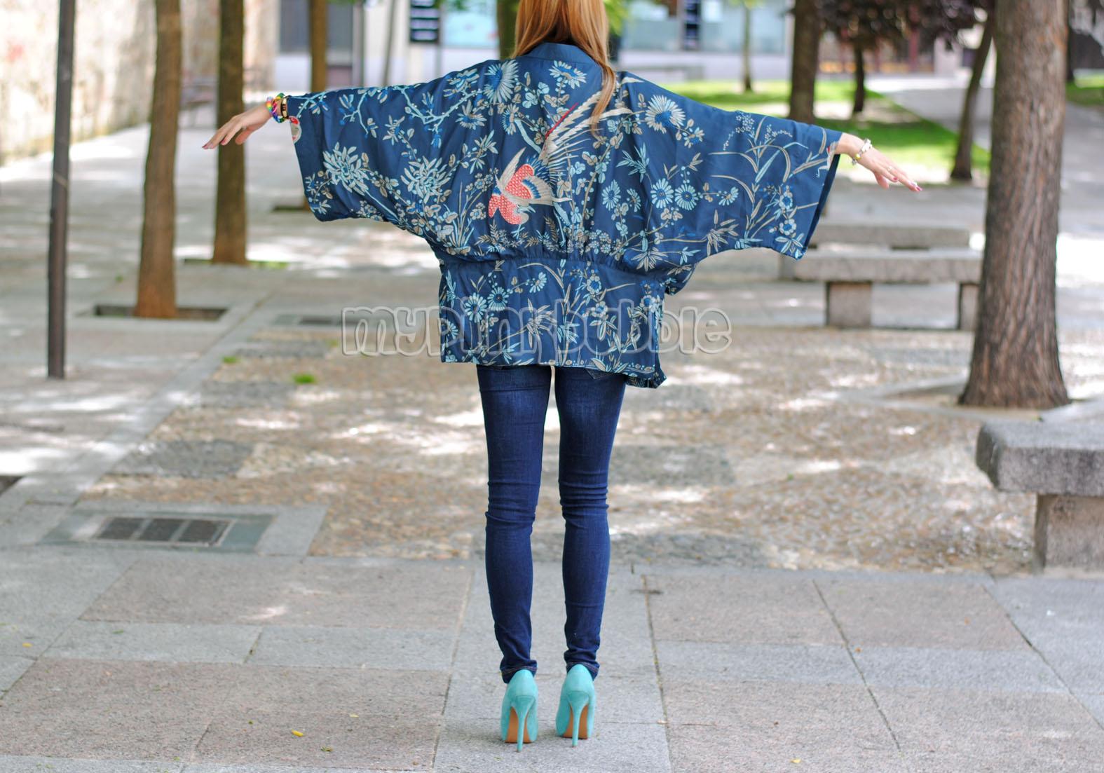 Outfit kimono detalle por detras