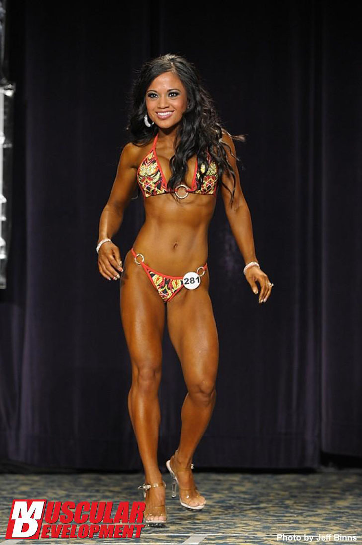 Khay Rosemond Posing Her Fit Body At The 2011 IFBB North American Championships