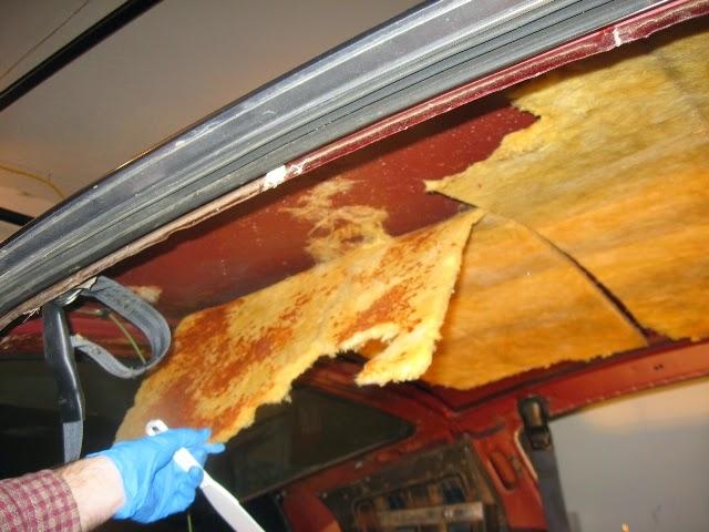 Fastback interior headliner removal