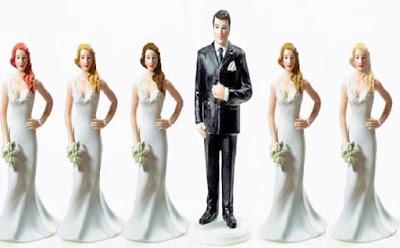 رجال لم يكتفوا بالزوجة الرابعة.. بعضهم تزوج أكثر من مئة مرة,رجل مزواج عريس عروسات عرائس ,grrom bride