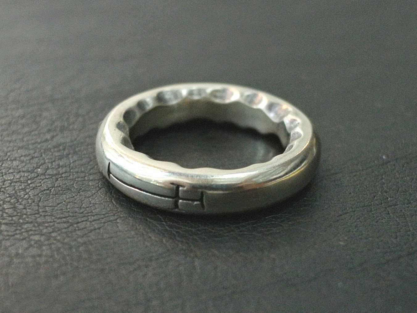 Dress Code Silver - Pinkie ring suggestions