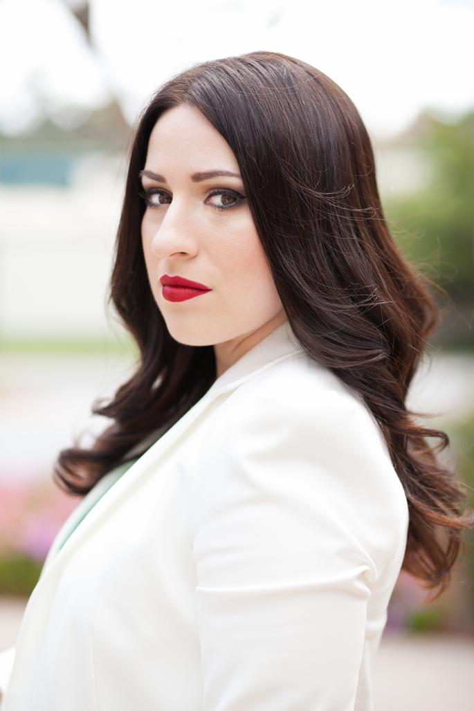 zara-white-blazer-stila-fiery-lipstick-king-and-kind-blogger