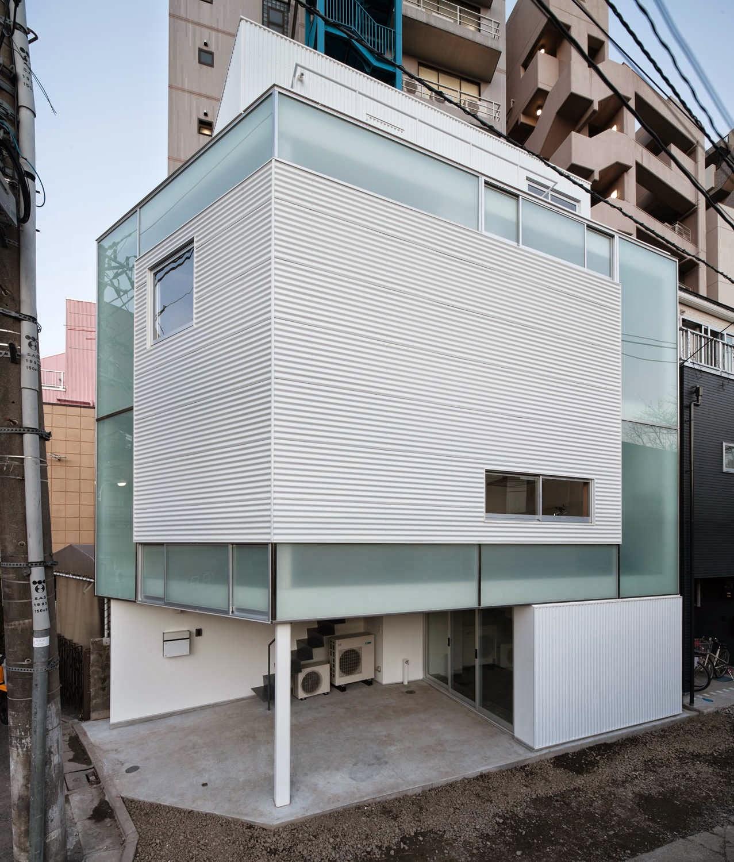 membangun-desain-bangunan-rumah-tinggal-minimalis-lahan-sempit-yoritaka hayashi-ruang dan rumahku-006