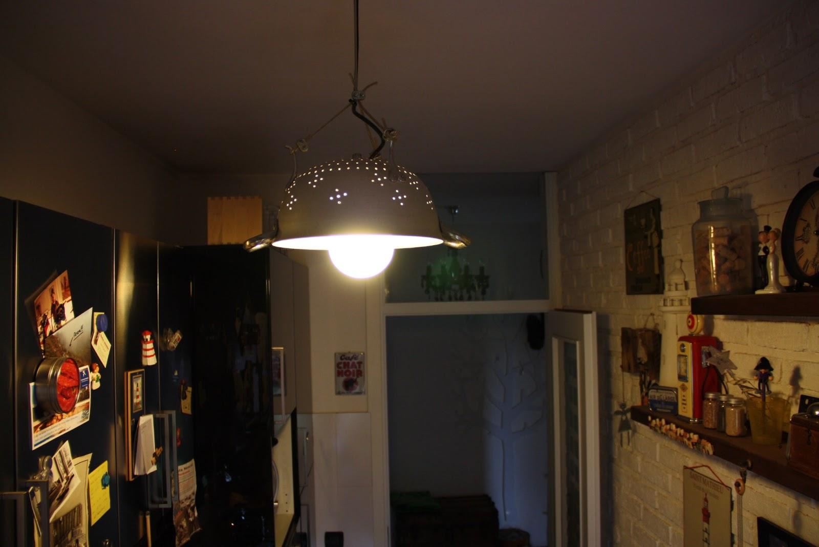 Il baule delle idee: Il lampadario scolapasta
