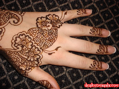 mehndi-design-hands-4