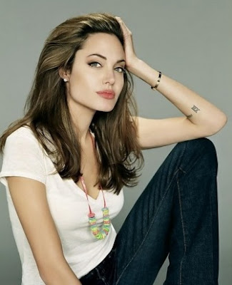 Angelina Jolie Hot Wallpapers