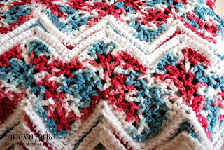 AnnaVirginia Fashion - Ripple Afghan