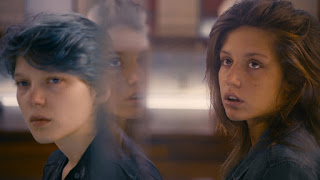 blue is the warmest color-lea seydoux-adele exarchopoulos