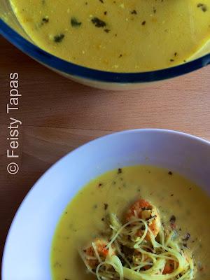Feisty Tapas: Thermomix recipe - Thai Prawn noodle soup / Receta - Sopa tailandesa de camarones y tallarines