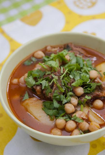 food, армянская кухня, суп, рецепт, нут, суп с нутом, бобовые
