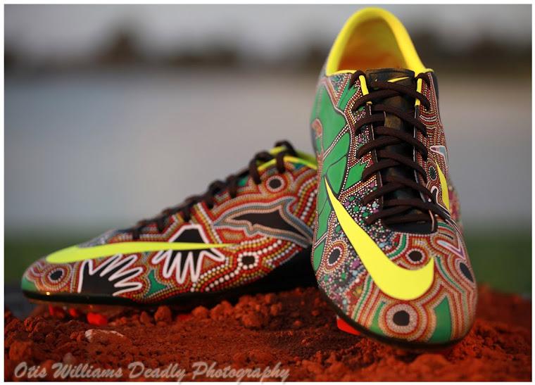 Daren Dunn handpainted boots