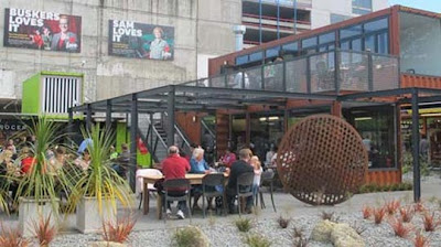 Christchurch - Pop-up shipping-container shopping centre in Cashel St