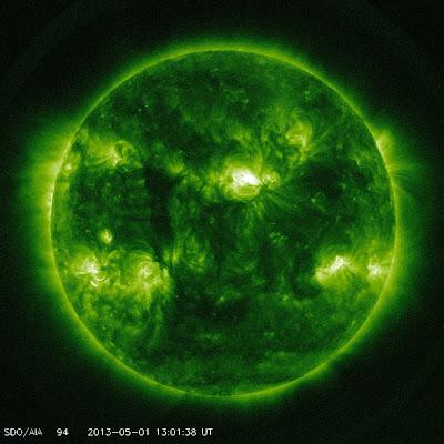 MANCHAS SOLARES 01 DE MAYO DE 2013