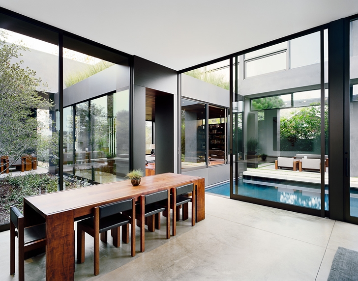 Dining table in Vienna Way Home by Marmol Radziner