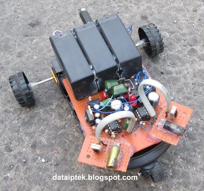 Rangkaian sensor Infrared Robot