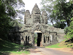 Road Gate to Ankgor Wat