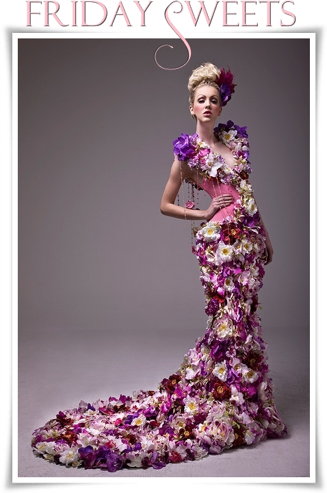 klänning av blommor, klänning florist, dress made of flowers, gown made of flowers, dress floral dsign, florist dress