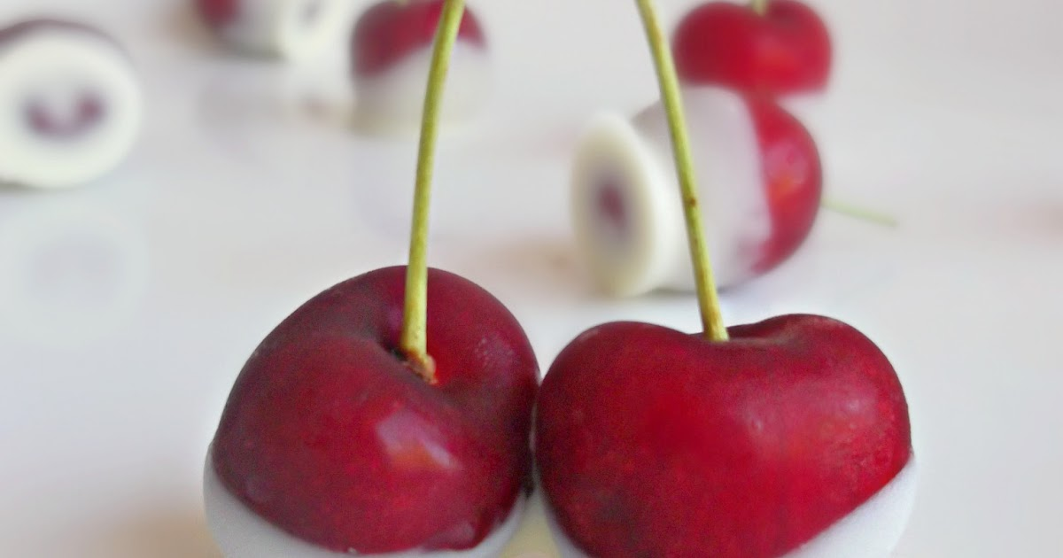 Lick The Spoon: White Chocolate Dipped Cherries