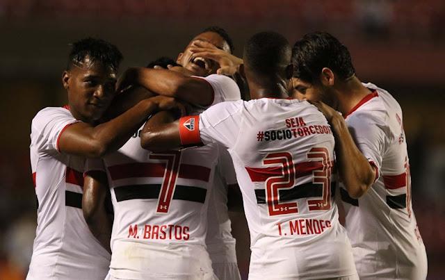 Tranquilizado por duas vitórias seguidas, São Paulo visita vice-lanterna para embalar e ganhar corpo no Brasileiro (Foto: Rubens Chiri/SPFC)
