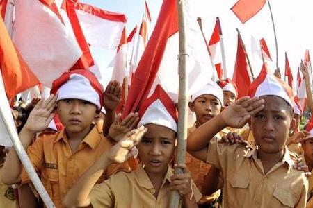 nasionalisme harus dibangun dari kecintaan terhadap bahasa Indonesia