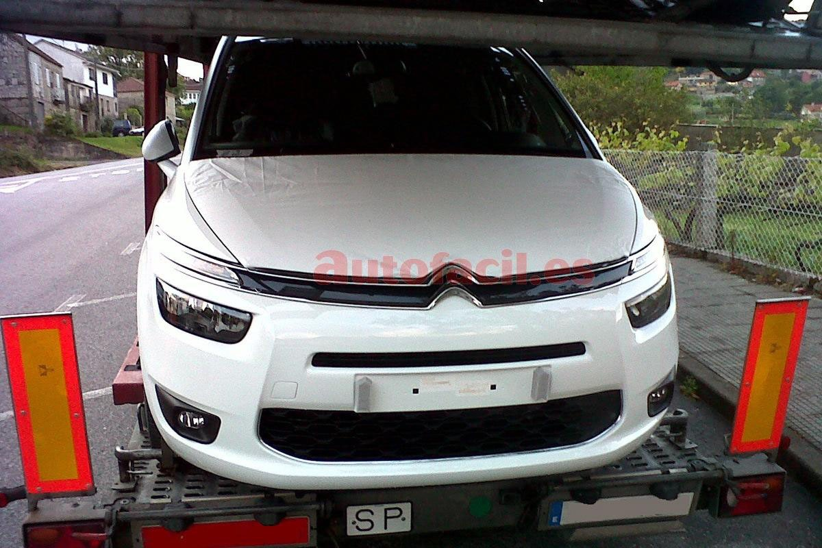 carro on Citroën Grand C4 Picasso 2014