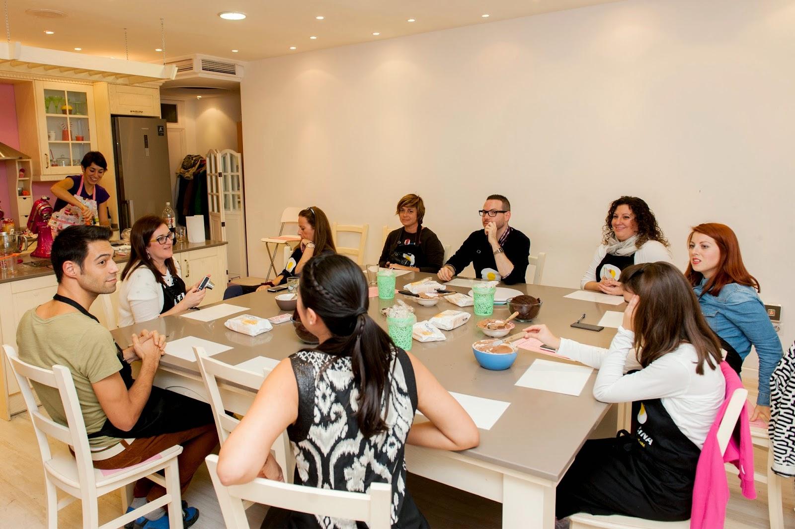 Los chatos chefs curso de layer cake con alma obreg n y canal cocina - Canal cocina alma obregon ...