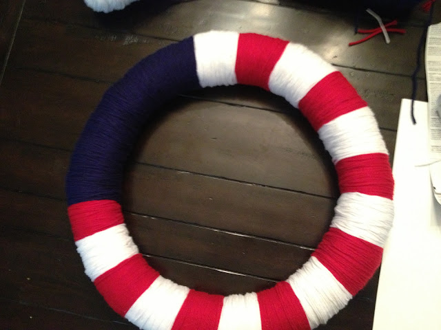 Make an patriotic american flag wreath