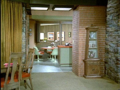 The Brady Bunch Blog Residence