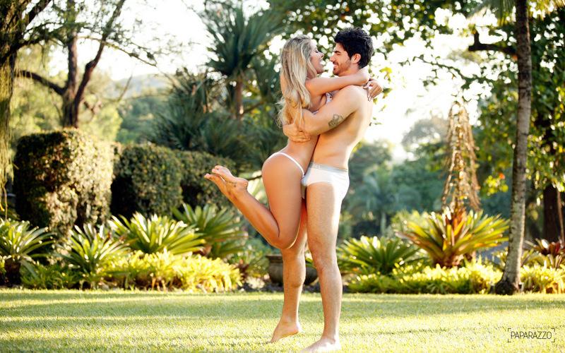 Adriana e Rodrigão completaram 14 meses de namoro