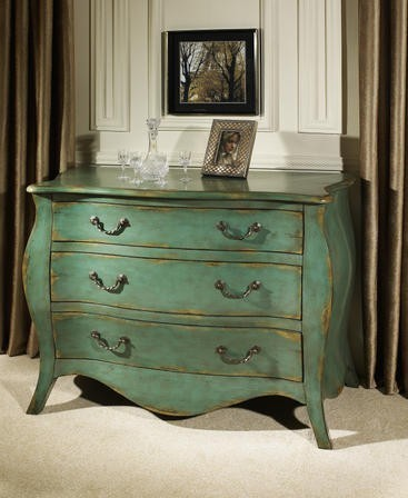 Bombay Chest