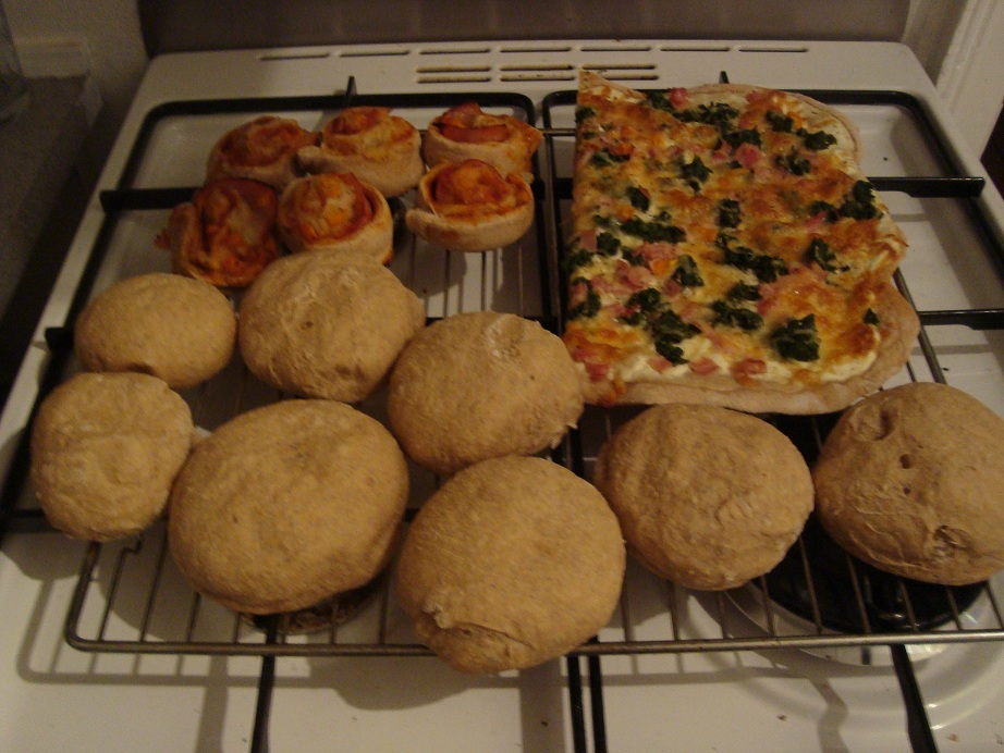 Lise på SU: Store bagedag - grovboller med spelt