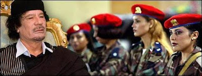[Image: muammar_algaddafi_female_bodyguards_14.jpg]