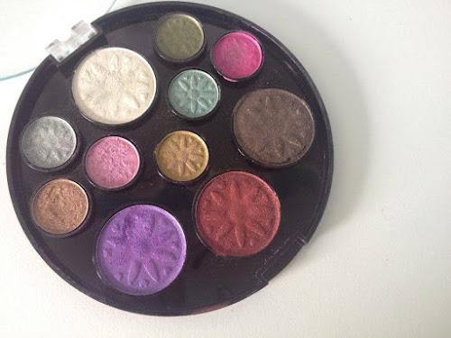 Resenha : Paleta de Sombras 11 cores da Fenzza