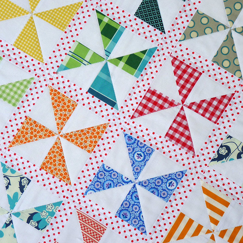 Quilt Pattern For Pinwheels : Red Pepper Quilts: Pinwheels on Parade Quilt and New Quilt Pattern