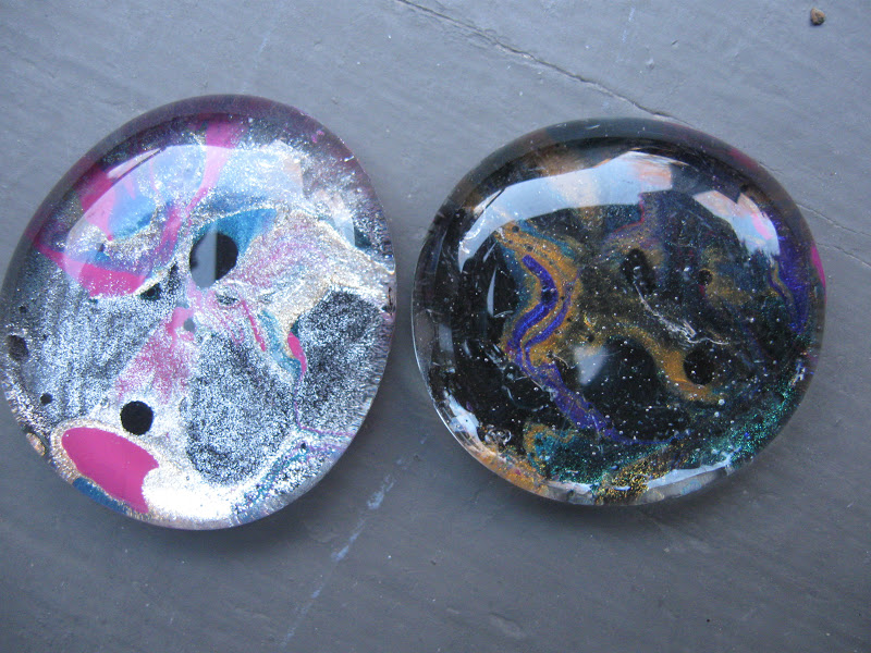 Craft klatch marbled nail polish glass stones for Where to buy rocks for crafts